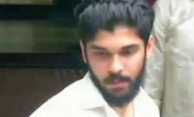 latest-news-vikrams-son-dhruv-involved-in-a-car-accident