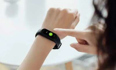tech-news-xiaomi-hey-smart-band-with-oled-display-nfc-support-launched