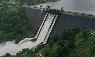 latest-news-all-shutters-of-cheruthoni-dam-opened-mullaperiyar-likely-to-open