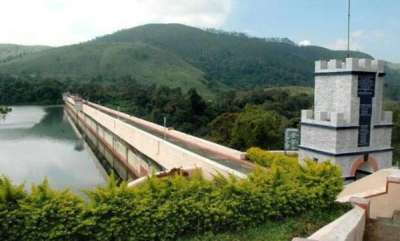 kerala-mullaperiyar-dam-at-142-ft-govt-issues-alert