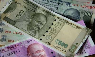 latest-news-rupee-falls-further-hits-record-low-of-7032-against-us-dollar