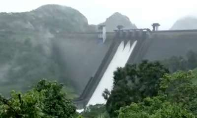 latest-news-two-shutter-of-cheruthoni-dam-closed