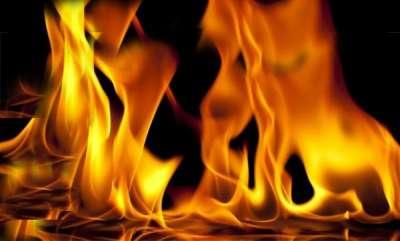 latest-news-women-set-ablaze-by-three-man