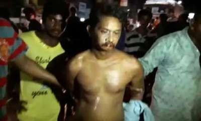 ernakulam-andhra-teacher-paraded