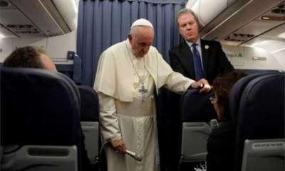 latest-news-pope-keeps-silent-on-abuse-claim-letter