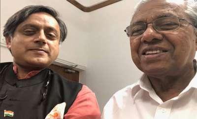 latest-news-kerala-flood-issue-sashi-tharoor-visited-chief-minister-pinarayi-vijayan