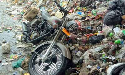 latest-news-royal-enfield-500-pegassu-thrown-into-garbage