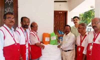 latest-news-kerala-flood-red-cross-help