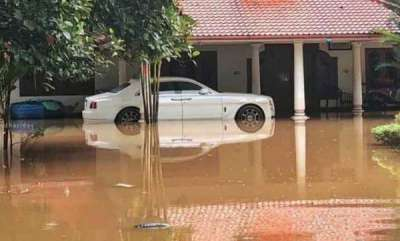 latest-news-expensive-cars-destroyed-in-kerala-floods