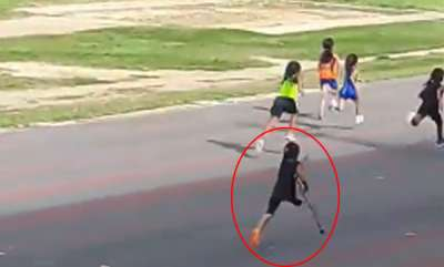 latest-news-handicapped-girl-viral-running-competition
