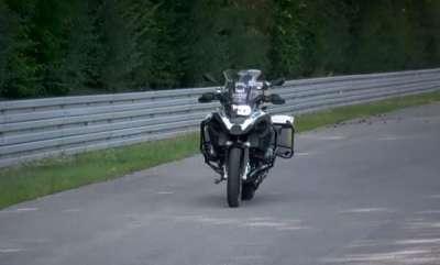 latest-news-bmw-mottorrad-unveils-the-ghost-rider-self-riding-bike