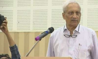 latest-news-parrikar-may-give-up-cmship-likely-to-go-to-us-for-treatment