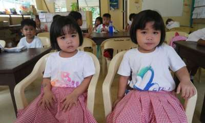 latest-news-tiny-island-home-to-100-sets-of-twins