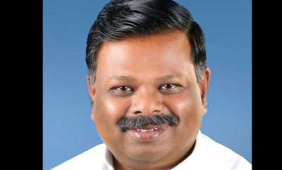 latest-news-si-transferred-from-munnar-who-registered-case-against-s-rajendran-mla
