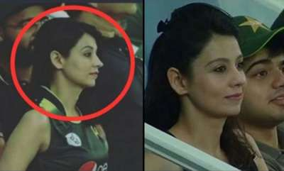 latest-news-unknown-beautiful-lady-in-asia-cup-pics-goes-viral
