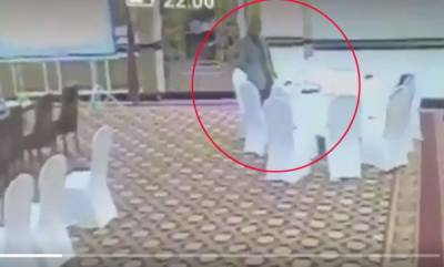 world-pakistani-bureaucrat-steals-kuwaiti-delegates-wallte-video-goes-viral
