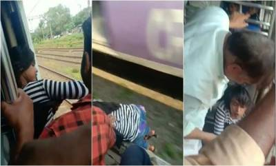 india-girl-falls-out-of-mumbai-local-saved-by-passengers