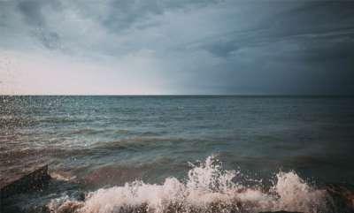 latest-news-rain-issues-in-kerala-seashore