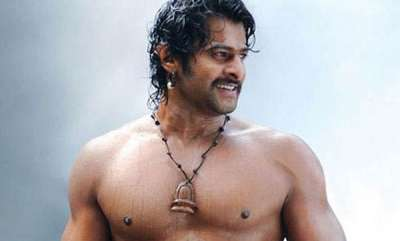 chit-chat-this-photo-of-baahubali-star-prabhas-is-going-viral