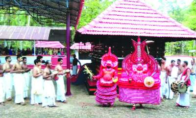 latest-news-womens-entry-denied-in-cpm-administration-temple
