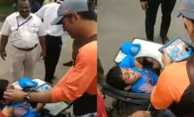 sports-news-msdhoni-with-differently-abled-fan-video-goes-viral