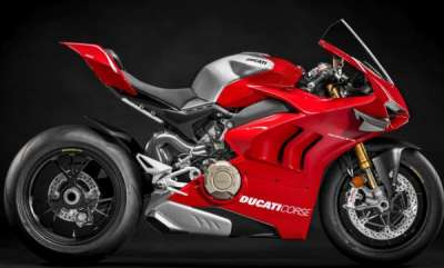 auto-ducati-new-motorcycles-diavel-hypermotard-panigale-v4-r