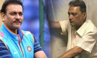 sports-news-ravi-shastri-lookalike-boards-mumbai-local