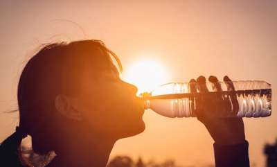 life-style-harmful-effects-of-drinking-water-in-plastic-bottles