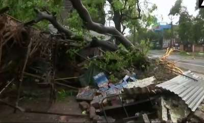 latest-news-cyclone-gaja-hits-tamil-nadu-power-supply-disrupted-in-several-areas