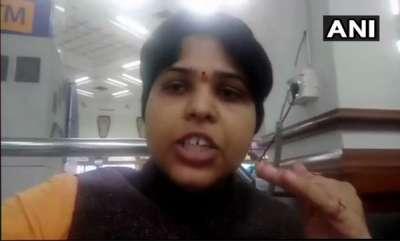 kerala-trupti-desai-waits-inside-airport-amid-protests