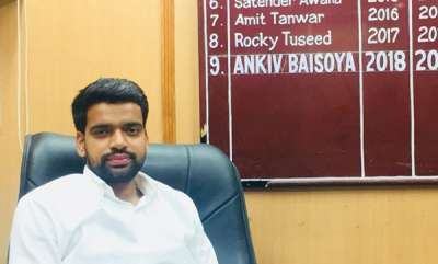 latest-news-abvp-leader-sacked-form-delhi-university-over-fake-degree