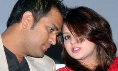 sports-news-sakshi-dhoni-names-the-cricketer-who-brought-her-and-ms-dhoni-together