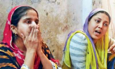 latest-news-daughters-of-woman-facing-deportation-to-pakistan-go-missing