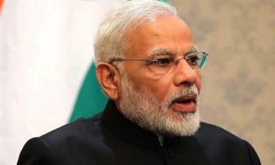 india-family-ruled-trs-and-congress-playing-friendly-match-in-telangana-modi