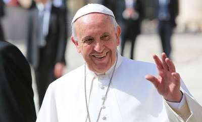 latest-news-be-celibate-or-leave-the-priesthood-pope-francis-tells-gay-priests