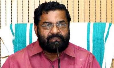 latest-news-kadakampally-surendran-against-ramesh-chennithala