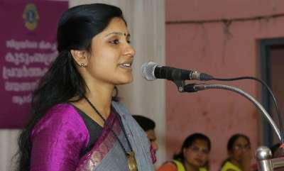 latest-news-sfi-state-leaders-against-deepa-nishanth