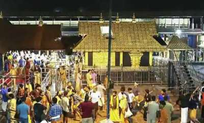 india-tamil-hindu-outfit-planning-to-bring-40-women-into-sabarimala-report
