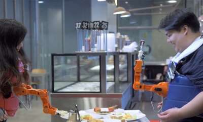 tech-news-arm-a-dine-a-robotic-arm-that-feeds-you-food-but-only-if-you-smile