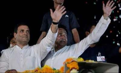 latest-news-signs-favour-kamal-nath-as-madhya-pradesh-choice-is-left-to-rahul-gandhi