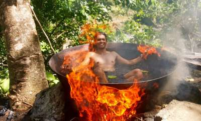 travel-fire-bath-in-philippine