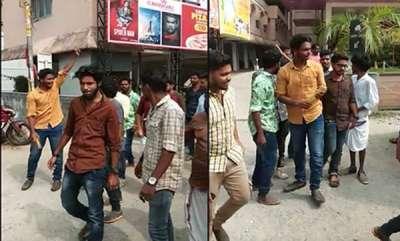 latest-news-bjp-activists-stop-odiyan-movie-show