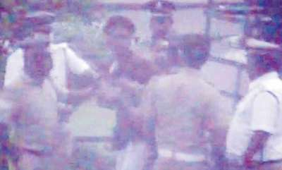 latest-news-four-more-sfi-workers-arrested-in-the-case-of-attack-on-police