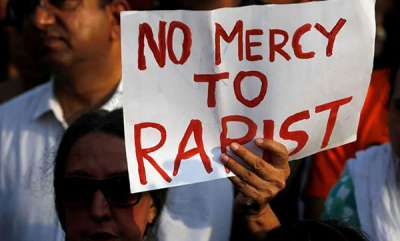 latest-news-3-year-old-girl-attacked-allegedly-by-guard-in-delhi-locals-thrash-him