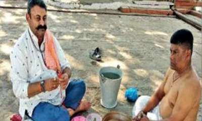 latest-news-dead-people-have-a-friend-in-this-gujarat-businessman
