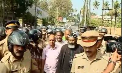 kerala-dramatic-scenes-at-kothamangalam-church-20-arrested