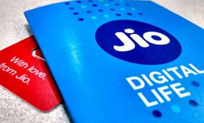 tech-news-jio-is-first-in-the-4g-downloading-speed