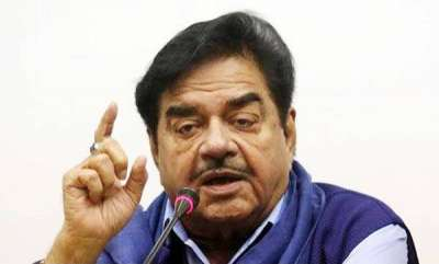 latest-news-sathrughnan-sinha-lashes-out-at-modi-amit-shah