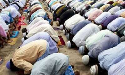 latest-news-companies-to-face-action-if-staff-offer-namaz-in-park