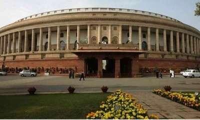 latest-news-triple-talaq-bill-passed-in-lok-sabha-after-congress-aiadmk-walk-out